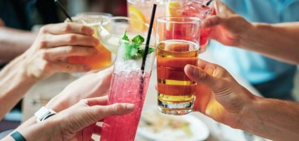 Cocktails, Image Credit: bridgesward / Pixabay