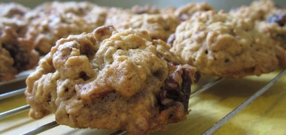 Free photo: Oatmeal Raisin Cookies - Free Image on Pixabay - 1511599 - pixabay.com