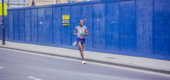 Kenya runner smashes WR, affirms expectations Photo Credit: Jan Kraus via Flickr CC