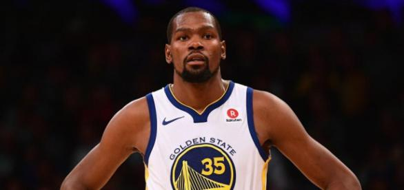 Watch: Kevin Durant Got Tossed from Warriors-Pelicans—Is Bad ... - newsweek.com