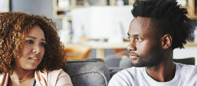 Esse comportamento comum é o principal motivo de divórcios; saiba