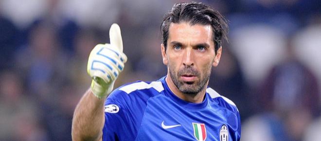 Calciomercato Juve, sorprendente colpo di scena su Buffon