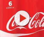 Trova un verme nella Coca Cola e finisce in ospedale