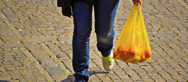Εurope, no more free plastic bags in Greece