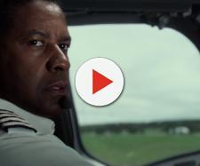 L'attore Denzel Washington nel film 'Flight' è un pilota che si mette alla guida di un aereo di linea ubriaco e dopo aver assunto cocaina.