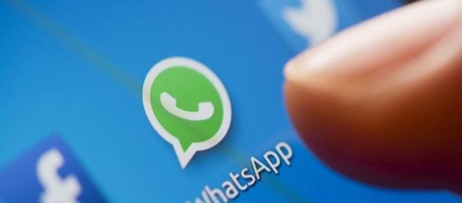 Whatsapp: ecco come sapere chi spia il vostro account