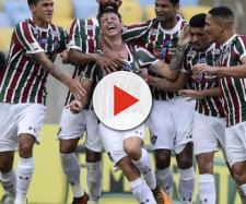 Ibañez (ao centro) vira xodó de Abel Braga e assume titularidade absoluta no Fluminense (Foto: Jornal Central Brasil/DF)