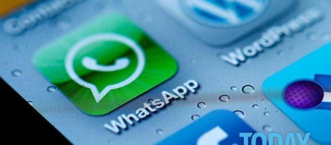 WhatsApp, arriva l'ennesima truffa anche via sms, ecco di cosa si tratta