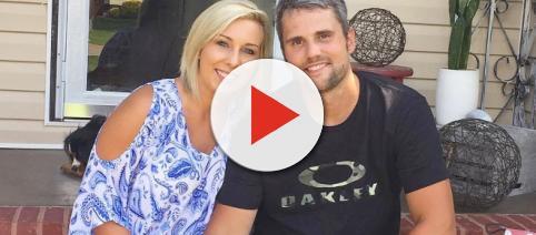 Ryan Edwards poses with wife Mackenzie. [Photo via Instagram]