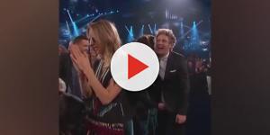 One Diretion: Harry Styles decidiu surpreender Niall Horan com um 'aperto'