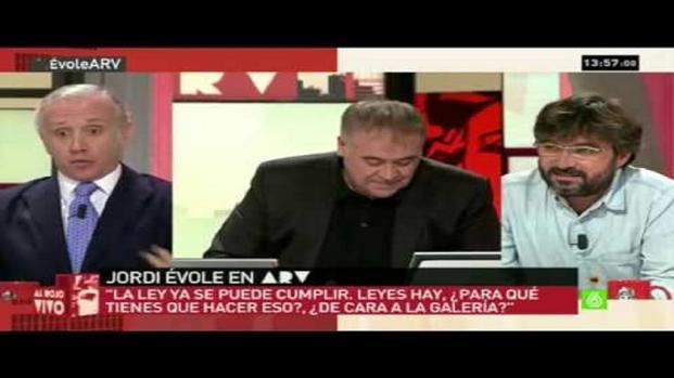 Vídeo: Eduardo Inda arremete duramente contra Jordi Évole y ocurre lo inesperado