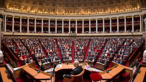 Baisse des APL : la France Insoumise monte au créneau !