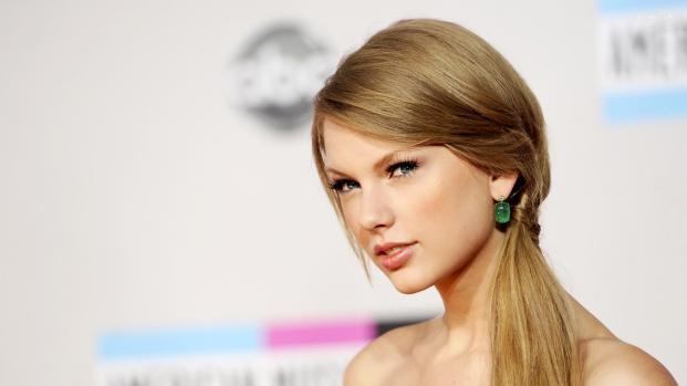 Taylor Swift inicia julgamento contra assédio sexual