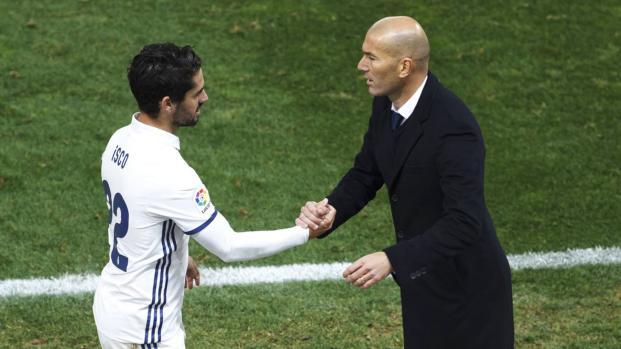 Dos grandes del Madrid renuevan su contrato después de la Super Copa