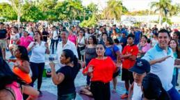 Activan a cientos de jóvenes en Cancún