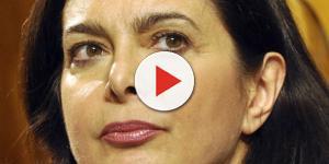 Insulti online, la Boldrini annuncia querele: ecco cosa rischia chi offende