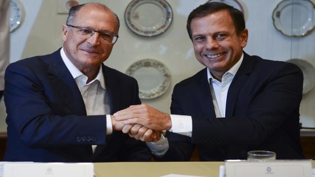 De olho na eleição, Dória e Alckmin se afastam.