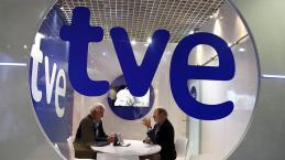 La manipulación sigue aumentando en los informativos de TVE, según el CdI