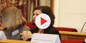 Video: Laura Boldrini, il brindisi di Matteo Salvini che divide i social