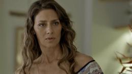 Joyce deixa filha na miséria e ela vira jardineiro Ivan em 'A Força do Querer'