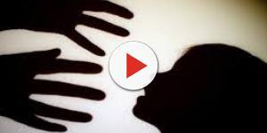 Pedófilo implora por piedade depois de ser pego tentando abusar de criança