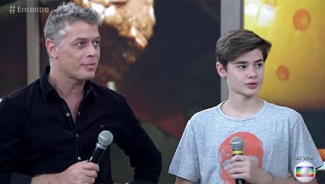 Assista: Ator se filia ao PT, Globo não gosta e toma decisão sobre seu futuro