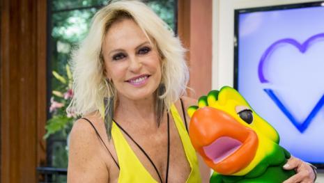 Ana Maria Braga liga para Sônia Abrão e faz barraco: 'Tenha respeito comigo'