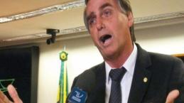 Bolsonaro chora de emoção ao ver o que o esperava no aeroporto de Ribeirão Preto