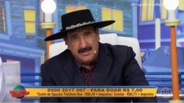 Ratinho pede dinheiro para o 'Criança Esperança' e choca até a Globo
