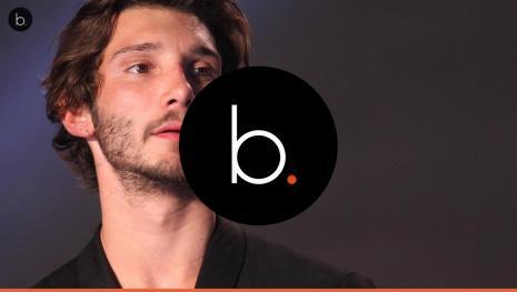 Stefano De Martino scatena il 'caos' sull'aereo per Ibiza, ecco il motivo