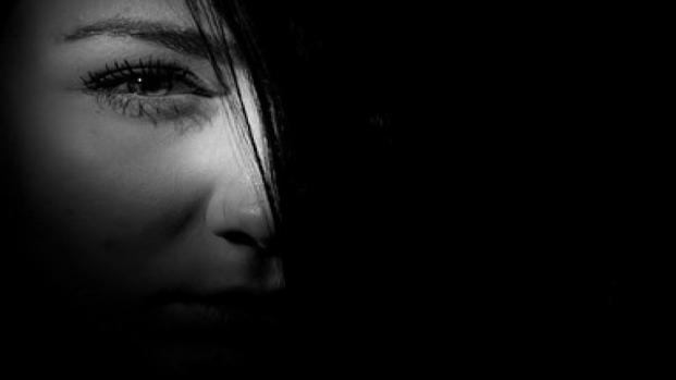 Menina de 8 anos morre em sua noite de núpcias com marido de 40