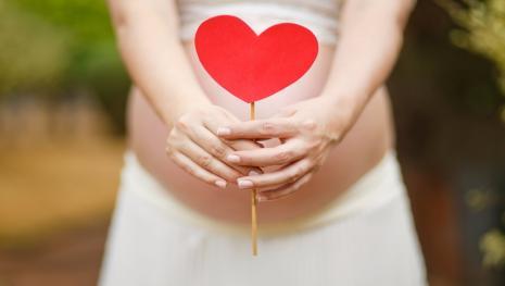 Ex-BBB Adriana fala de momento delicado de sua segunda gravidez: 'Provação'