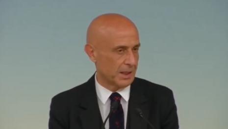 Terrorismo, Italia nel mirino in un'attesa da 'deserto dei Tartari'