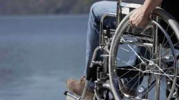 Cartello shock nel Milanese contro i disabili.