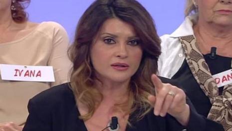 Elga Profili, frase shock su Uomini e Donne: 'E' tutto finto e registrato'