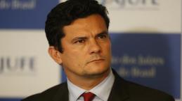 Juiz Sérgio Moro toma decisão de recuo que complica situação de petistas