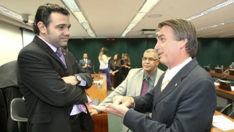 Deputado Marco Feliciano quebra o silêncio e surpreende ao falar de Bolsonaro
