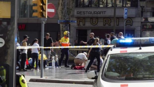 Motorista da van usada no atentado em Barcelona é morto a tiros pela polícia