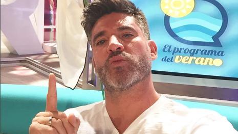 ¡Toño Sanchís vuelve a televisión con fuerza y sin pelos en la lengua!