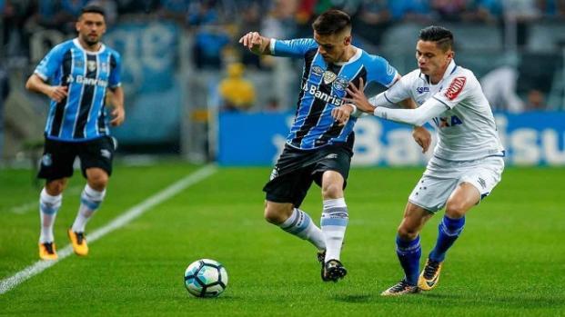 Confira as prováveis escalações de Cruzeiro e Grêmio para duelo semifinal