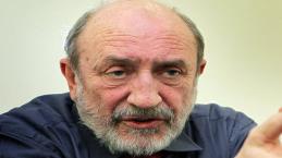 Galimberti: 'In Italia non c'è più democrazia, populismo ha infettato i partiti'
