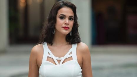 Bruna Marquezine vai namorar ator português gato em