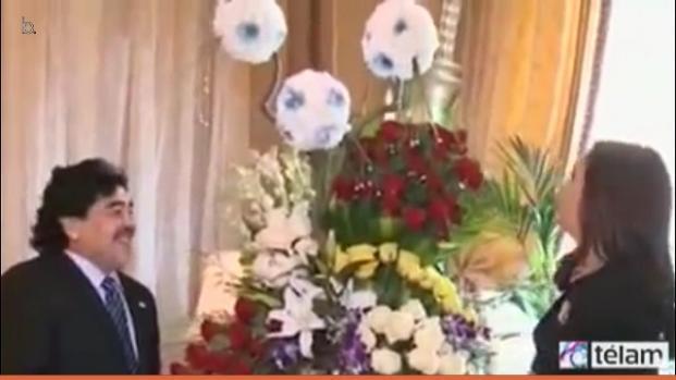 Diego Armando Maradona apoya a Venezuela