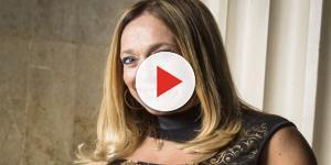 De biquíni, atriz global impressiona pela boa forma aos 75 anos em Ibiza