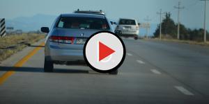 Assista: Ladrão tenta roubar carro e acaba com pênis arrastado no asfalto; vídeo