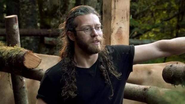 Does Bam Bam Brown's luxury boat prove that 'Alaskan Bush People' is fake?