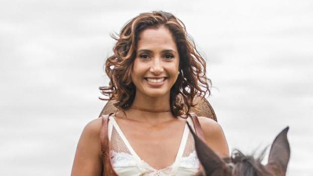 Camila Pitanga ainda faz tratamentos em função da morte de Domingos Montagner