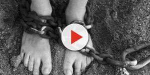 Esposa ajudava homem de 64 anos a abusar sexualmente de menores