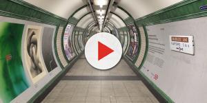 Rissa fra migrante e addetti alla sicurezza nella metro di Roma: ecco il video