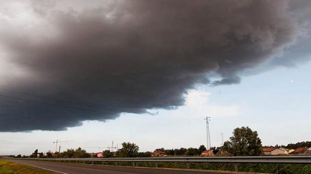 Video: Massima allerta per il ciclone mediterraneo in arrivo in Salento